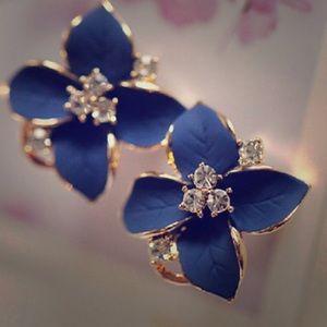 18k Gold Plated Clover Flower Earrings